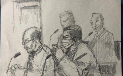 """""""ها أنا أقف أمامي"""": شهادات أقبية التعذيب السورية أمام القاضي الألماني"""